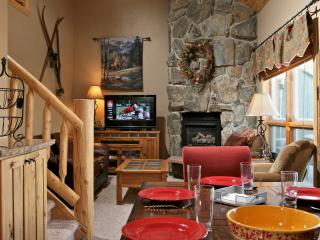 Twin Rivers 7: Spectacular views: fun family home. - Fraser vacation rentals