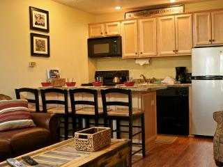 Hi Country Haus 1016: Stay in this inviting, updated condo in downtown Winter Park. - Winter Park vacation rentals