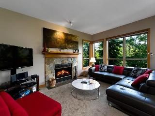 Painted Cliff 2 bdrm, ski-in, ski-out, luxury with serene mountain view - Whistler vacation rentals