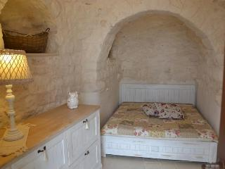 TRULLI DEL SALE - Puglia vacation rentals