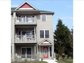LARGE CONDO WITH POOL 92567 - Image 1 - Cape May - rentals