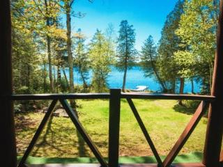 #116 Cozy cabin with lots of privacy on Lake Hebron - Maine Highlands vacation rentals