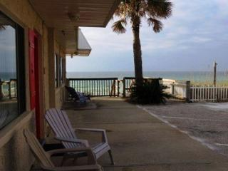 Capri by the Gulf 114. Complimentary Beach Service Included! - Destin vacation rentals