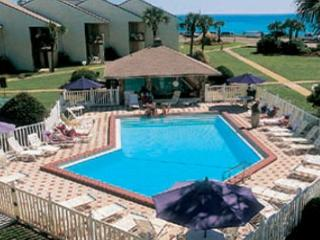 Blue Surf 25, Super townhouse, just across the street from the beach! - Destin vacation rentals