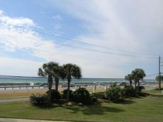 Blue Surf 2, Super townhouse, just across the street from the beach! - Destin vacation rentals