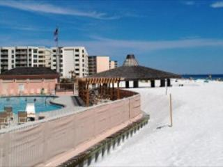 Jetty East 520A, Beachfront condo! Watch the Fireworks from your Balcony! - Destin vacation rentals