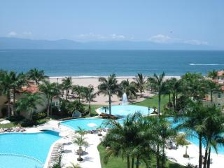 Newer 2 Bd Beach Front Condo in Puerto Vallarta - Puerto Vallarta vacation rentals