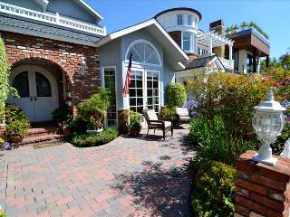 Charming Home only blocks to the beach - Newport Beach vacation rentals