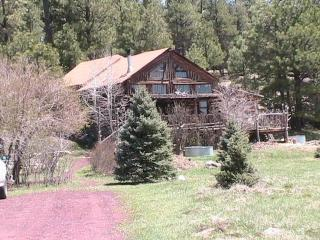 Log Cabin Home Vacation in the Cool Pine Trees - Northern Arizona and Canyon Country vacation rentals