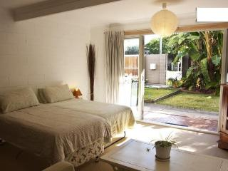 Apartment only 3km to Surfers Paradise - Benowa vacation rentals
