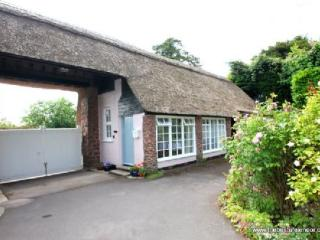 Priory Thatch Cottage, Dunster - Sleeps 2 - Exmoor National Park - Medieval village - Dunster vacation rentals