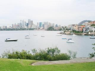 Sydney Harbour View Apartment- stunning and iconic views of the harbour, Opera House and Bridge - Sydney vacation rentals