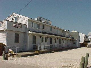 1075 94566 - Beach Haven vacation rentals