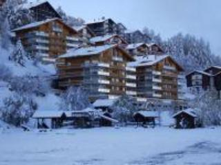 View of the apartments from the village (front building on Left) - Luxury Swiss Alps ski apartment with sauna & pool - Valais - rentals