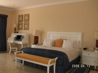 3 Bedroom Villa with Private Pool & Outdoor HotTub - Mazatlan vacation rentals