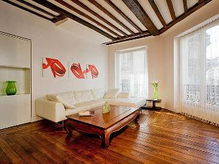 Rosiers - Marais 2 Bedroom - Paris vacation rentals