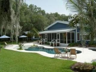 1 1/2 Acre Luxury Waterfront Home w/ Guest House - Merritt Island vacation rentals