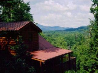 Mountain Dreams Between Gatlinburg / Pigeon Forge - Pigeon Forge vacation rentals