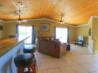 Key Largo 2/2 canal front home with 50' dock - Key Largo vacation rentals