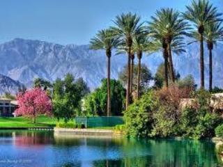 Vintage Dream In Palm Springs - Seattle vacation rentals