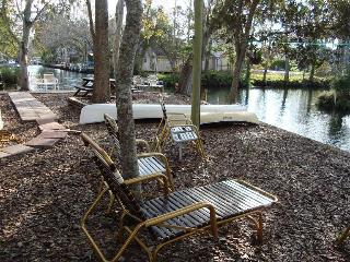 Waterfront-Take Me To The River-2.5 baths sleeps 8 - Weeki Wachee vacation rentals