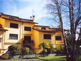 LESA Lake Maggiore Apartment/flat 80 mq LAKE VIEW - Lesa vacation rentals