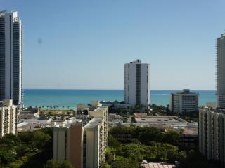 2/2 Ocean front penthouse 3 min walk to the beach - Sunny Isles Beach vacation rentals