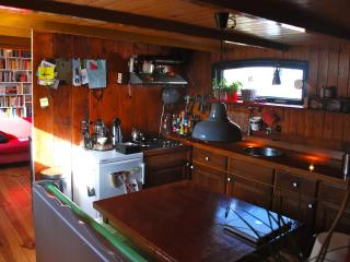 Cozy (3p) Houseboat: ULTIMATE Amsterdam Experience - Amsterdam vacation rentals