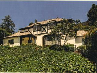 3 Bedroom 3 Bathroom Hollywood Hills Tudor (4622) - Los Angeles vacation rentals