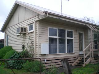 bestchoice holiday house - Mansfield vacation rentals
