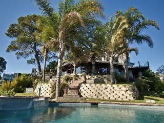 HOLLYWOOD HILLS -SPECTACULAR PANORAMIC VIEWS! - Malibu vacation rentals