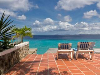 Casa Iguana, great oceanfront apartment - Bonaire vacation rentals