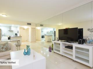 COZY 1 BED APARTMENT @ SOUTH BEACH- GREAT AREA ! - Sunny Isles Beach vacation rentals