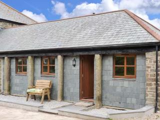 SKIBER GOTH, pet-friendly, rural views, good touring base, ground floor cottage near Liskeard, Ref. 5240 - Liskeard vacation rentals