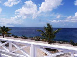 Welcome to Your All New 8b Oceanfront Townhome - Westpunt vacation rentals
