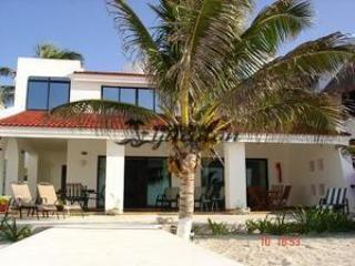 Vista del sol w/ pool - Chicxulub vacation rentals