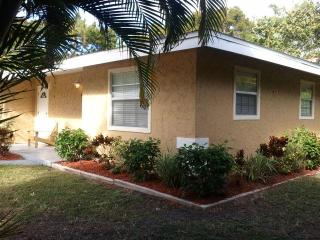 New Listing Relax In Paradise At St. Judes Cottage - Longboat Key vacation rentals