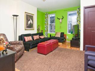Gorgeous Renovated Townhouse in Bushwick!!! - Brooklyn vacation rentals