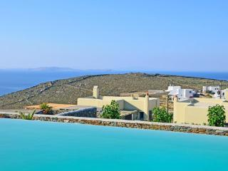 8 Villa Estate for Events & Corp. Recreation Camps - Tinos vacation rentals