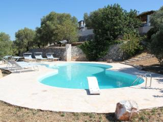 Outstanding 3 bed Trullo - Large pool and sea view - Puglia vacation rentals
