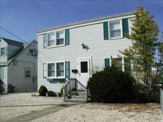 Hughes 2 60276 - Beach Haven vacation rentals