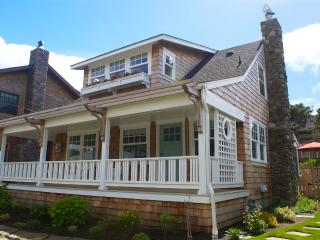Luxury Cottage Rental ~ W. Presidential Streets! - Cannon Beach vacation rentals