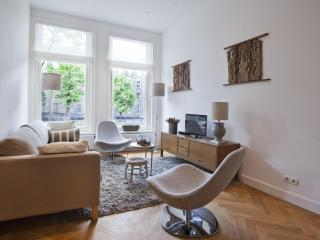 Luxurious 2-bedroom canal apartment in Center - Amsterdam vacation rentals