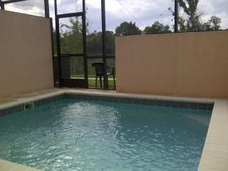Smart Splash Pool home at Windsor Palms - Disney - Sarasota vacation rentals