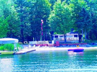 Waterfront Lake Charlevoix with 3 Boats,Dock,Decks - Northwest Michigan vacation rentals