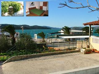 Apartment for 6 near the beach - Trogir vacation rentals