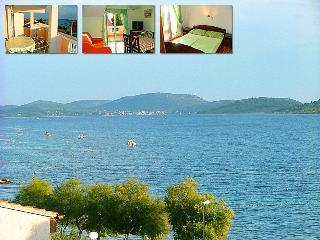 Apartment by the sea, 4+1 - Trogir vacation rentals
