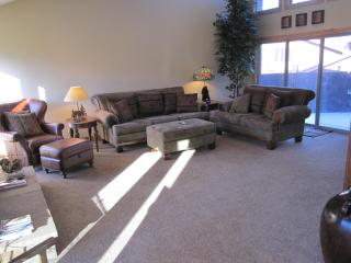 Canyons remodel ALL NEW HOT TUB and furniture - Cottonwood Heights vacation rentals