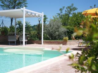 8 sleeps, Modern and Refined Villa with Pool - Pergola vacation rentals