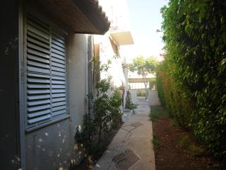 5' to Ocean-Cozy, Economical One BdR--Sleeps Two - Haifa vacation rentals